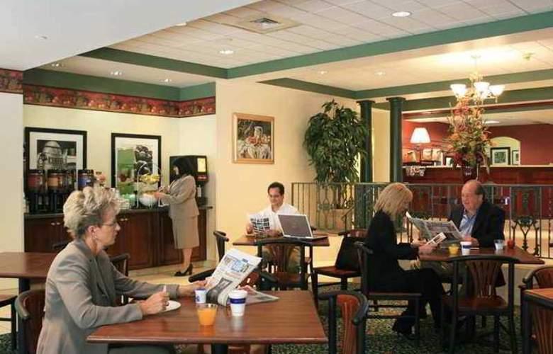 Hampton Inn Johnstown - Hotel - 0
