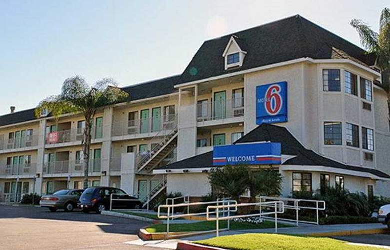 Motel 6 Buena Park Knotts Berry Farm - Hotel - 0