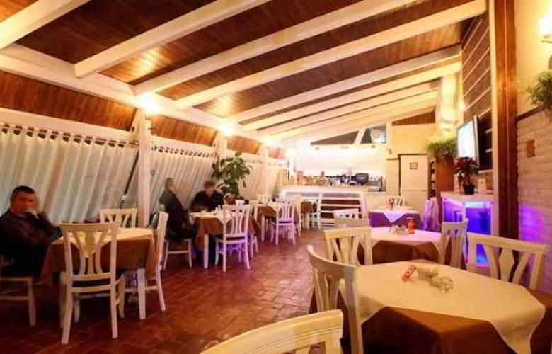Kastria - Restaurant - 10