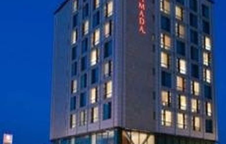Ramada Brasov - Hotel - 0