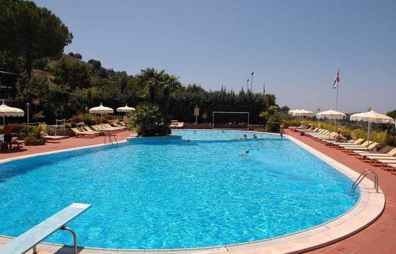 Residence Costa Di Kair Ed Din - Pool - 6