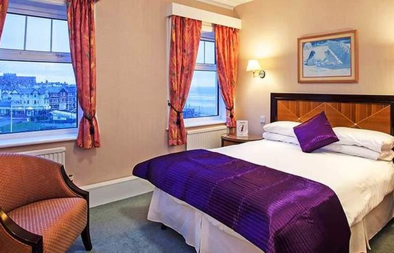 Savoy Blackpool - Room - 5