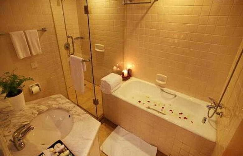 Fraser Residence - Room - 5
