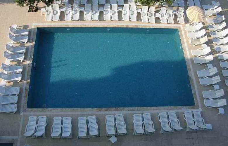 Gonul Palace Hotel - Pool - 3