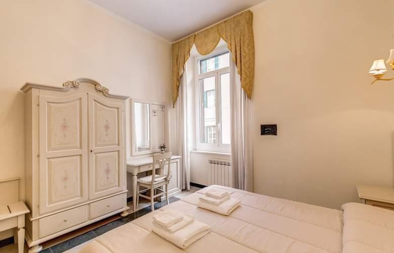 Cambridge - Room - 29
