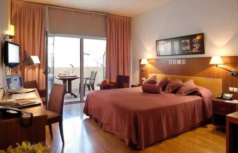 Evenia Rossello - Room - 3