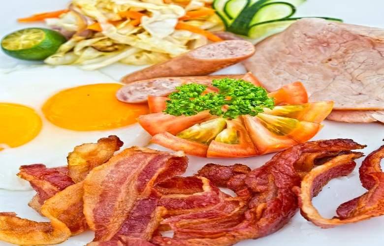 Fridays Boracay Resort - Restaurant - 8