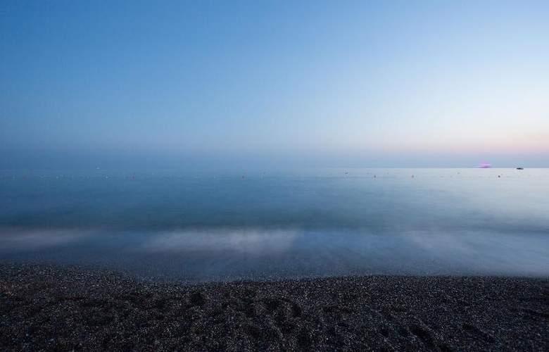 Water Side Delux Resort - Beach - 63