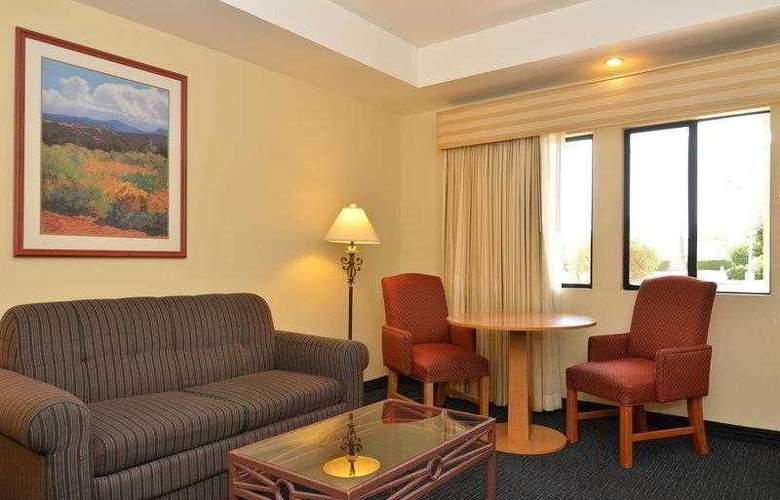 Best Western Plus Palm Desert Resort - Hotel - 21