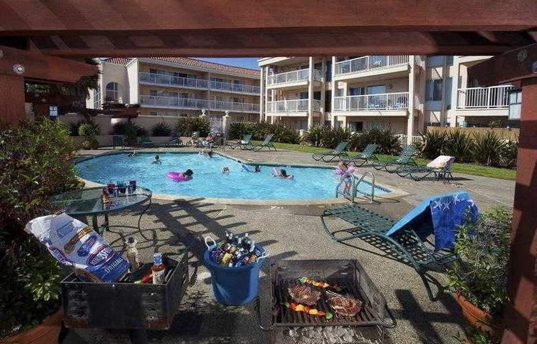 Best Western Plus El Rancho - Hotel - 18