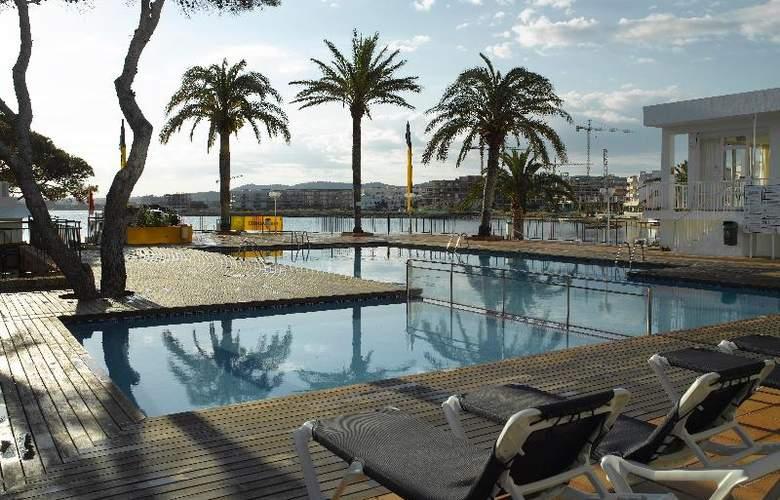 Fiesta Hotel Milord - Pool - 14