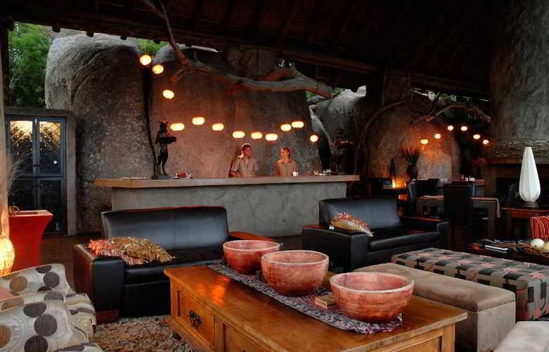 Manyatta Rock Camp - Hotel - 8