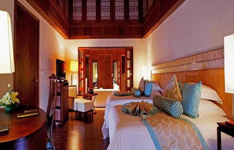 Centara Grand Beach Resort Phuket - Room - 17