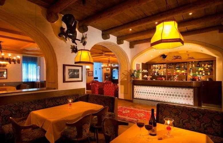 Carlo Magno Spa Resort - Restaurant - 6