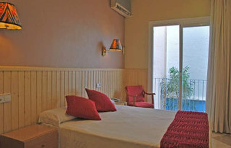 Picadilly Sitges - Room - 5