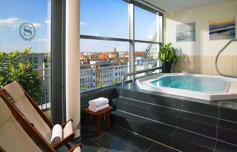 Arabella Sheraton Hotel Carlton - Pool - 5
