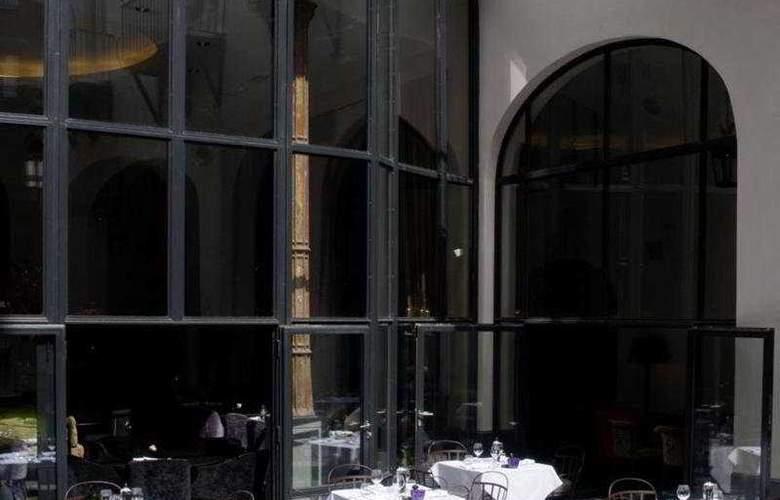 The Dominican - Restaurant - 7