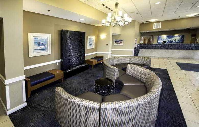 Best Western Plus Oceanfront Virginia Beach - Hotel - 5