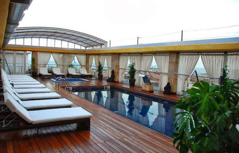 Exe Cunit Suites & Spa - Pool - 3