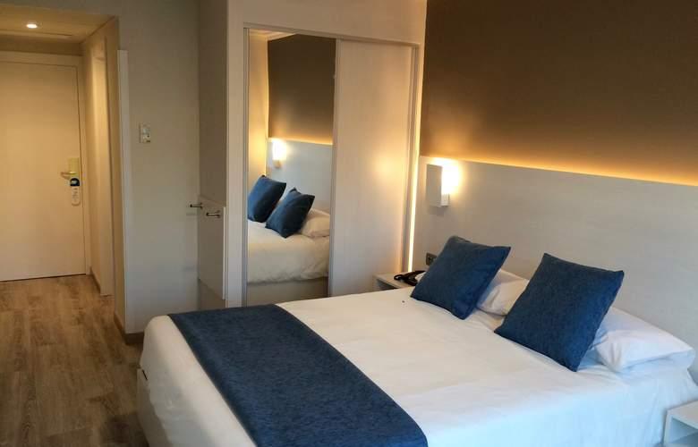 Atlántico VIgo - Room - 2