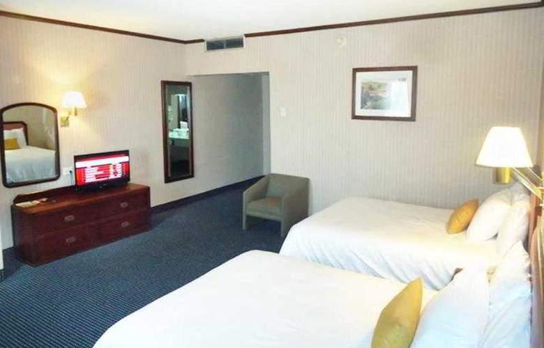 Best Western Hotel Santorin - Hotel - 9