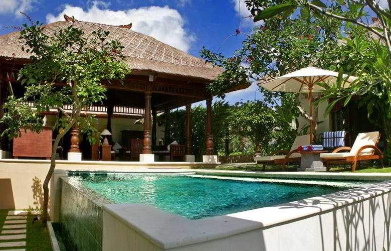 Patmase Villas At Jimbaran - Pool - 9