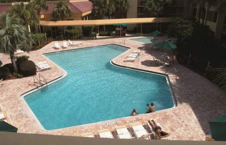 La Quinta Inn - Pool - 19