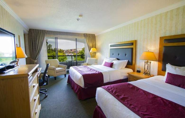 Best Western Plus Inner Harbour - Room - 169
