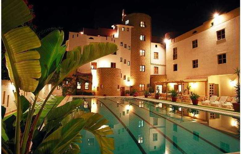 Tre Torri - Hotel - 0