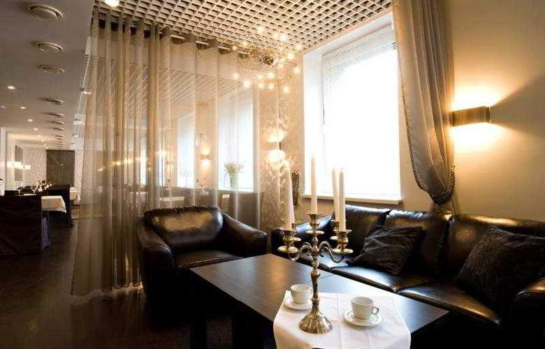 Kreutzwald Hotel Tallinn - Bar - 6