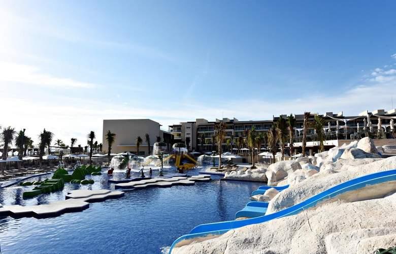 Royalton Riviera Cancun - Pool - 14