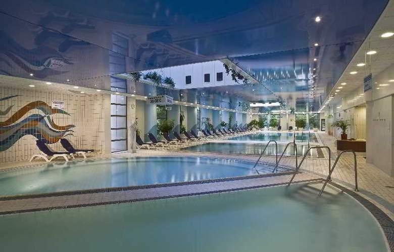 Danubius Health Spa Resort Helia - Pool - 6