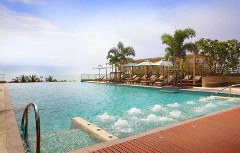 Holiday Inn Pattaya - Pool - 6