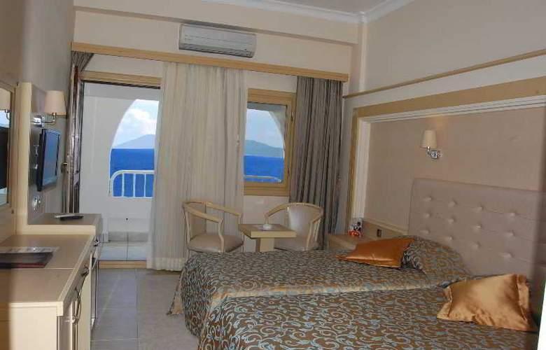 Azka Hotel - Room - 5