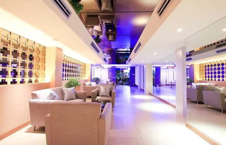 Petals Inn - Hotel - 4