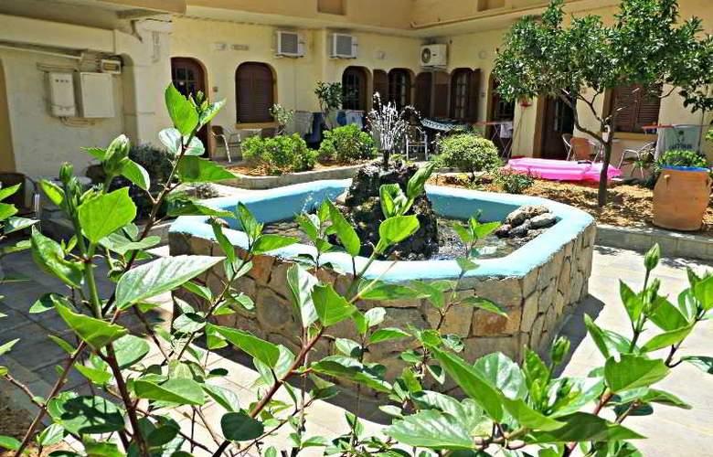 Paradise Apartments - Hotel - 12