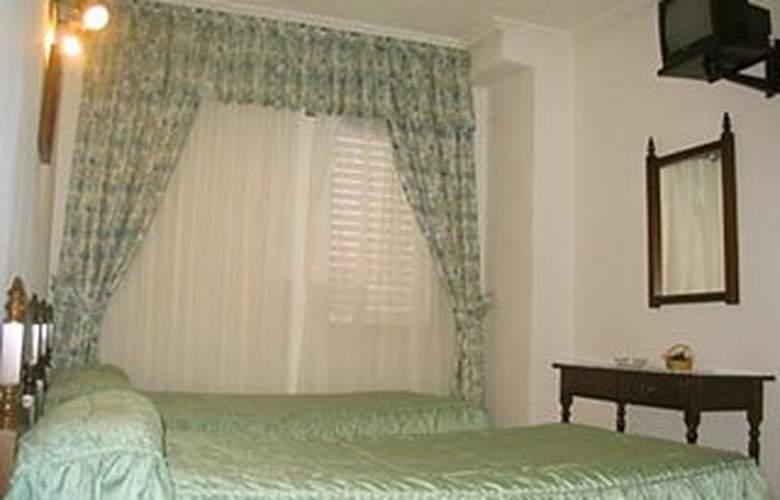 Las Rocas - Room - 3