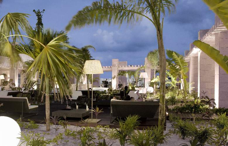Beloved Hotel Playa Mujeres - Terrace - 9
