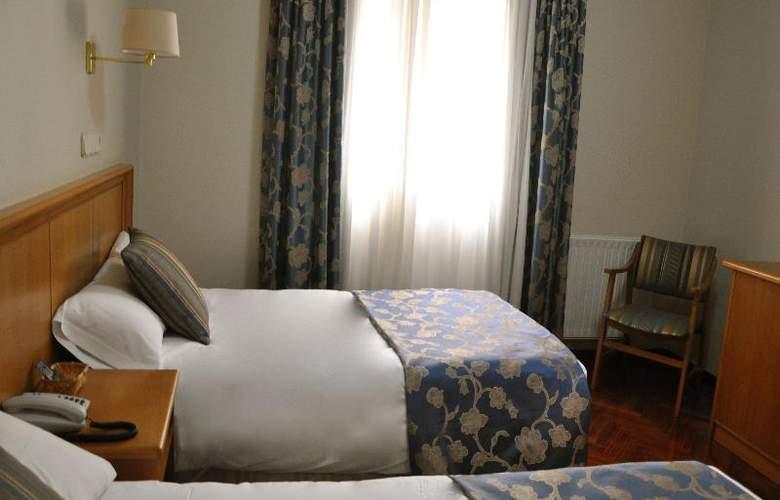 Crunia - Room - 27