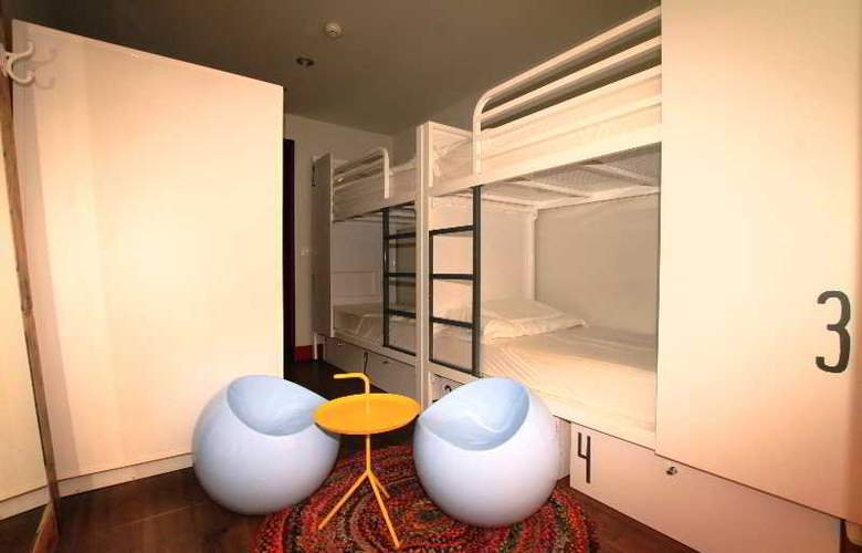 Generator Hostel Barcelona - Room - 10