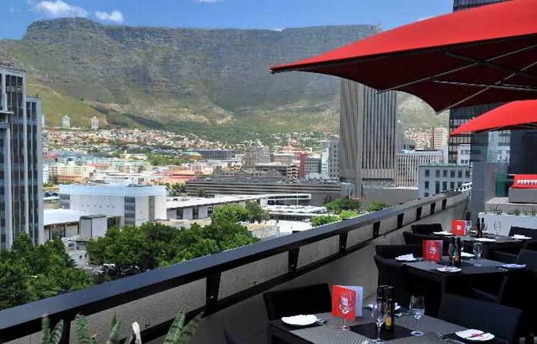 Park Inn by Radisson Cape Town Foreshore - Pool - 16