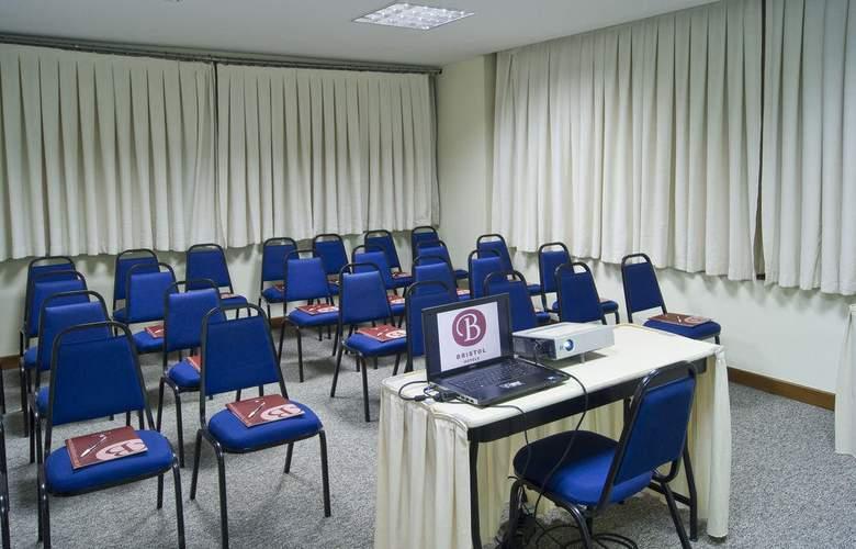 Bristol La Residence Victoria - Conference - 12