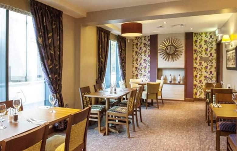 Premier Inn Chichester - Restaurant - 2