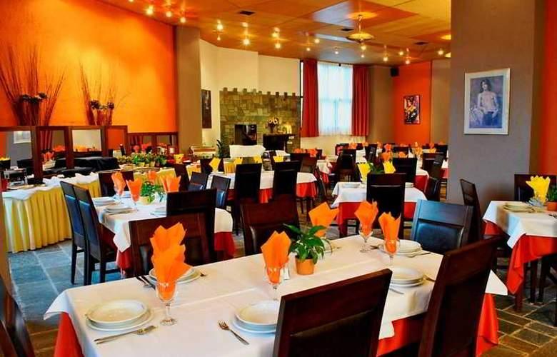 Arahova Inn - Restaurant - 8