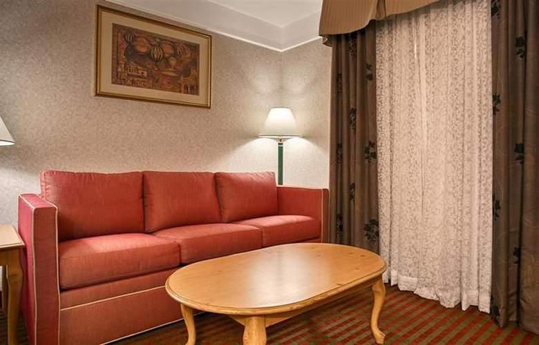 Best Western Plus Executive Suites Albuquerque - Room - 7