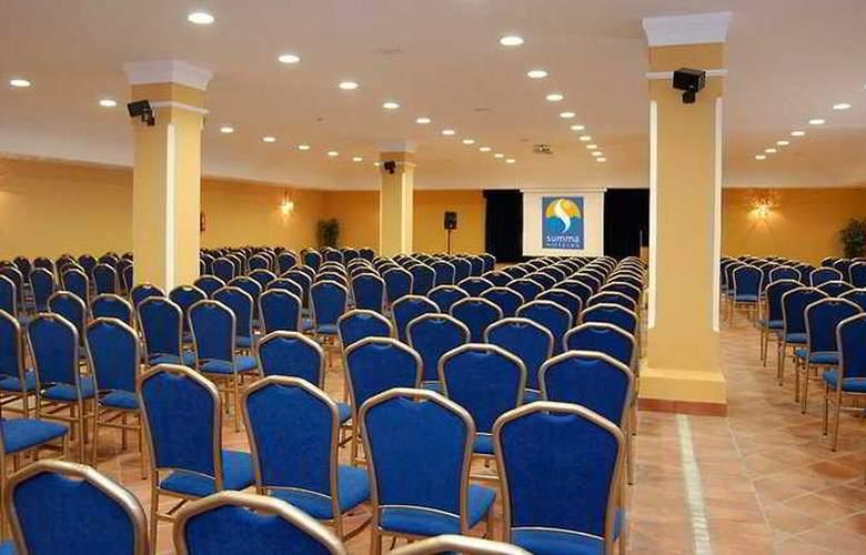 Alegría El Cortijo - Conference - 5