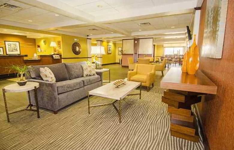 Hampton Inn Oklahoma City/Edmond - Hotel - 2