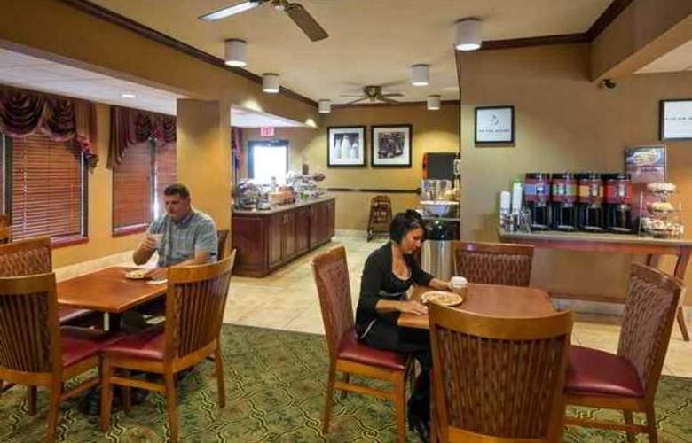 Hampton Inn Tupelo - Hotel - 4