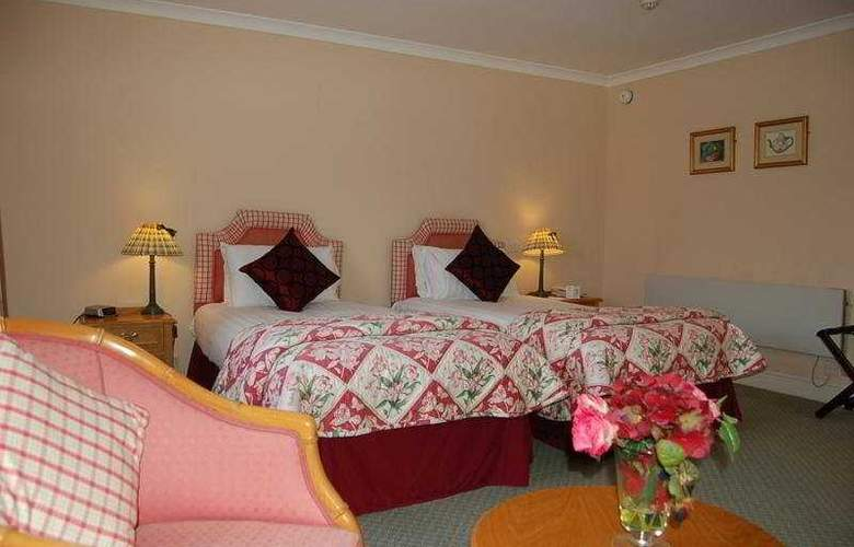 Kings Court Hotel - Room - 4