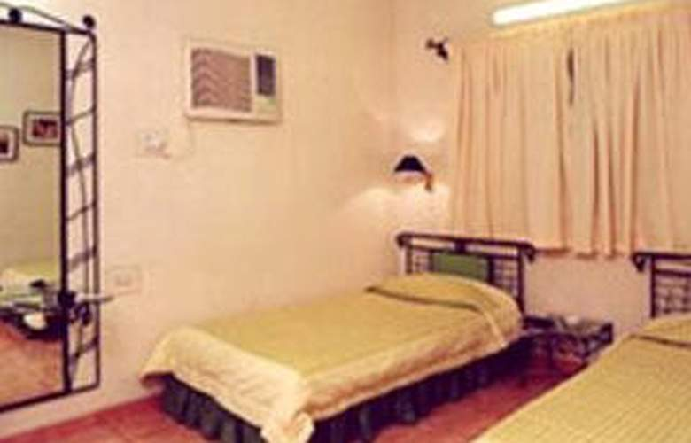 Seasons Koregaon - Room - 0